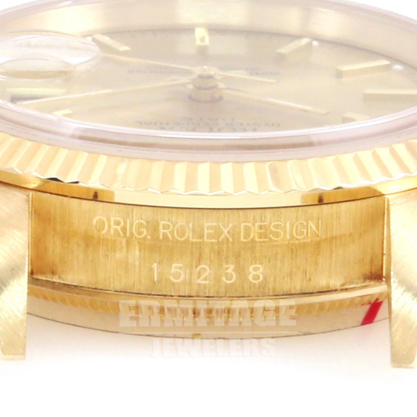 Pre-Owned Rolex Date 15238