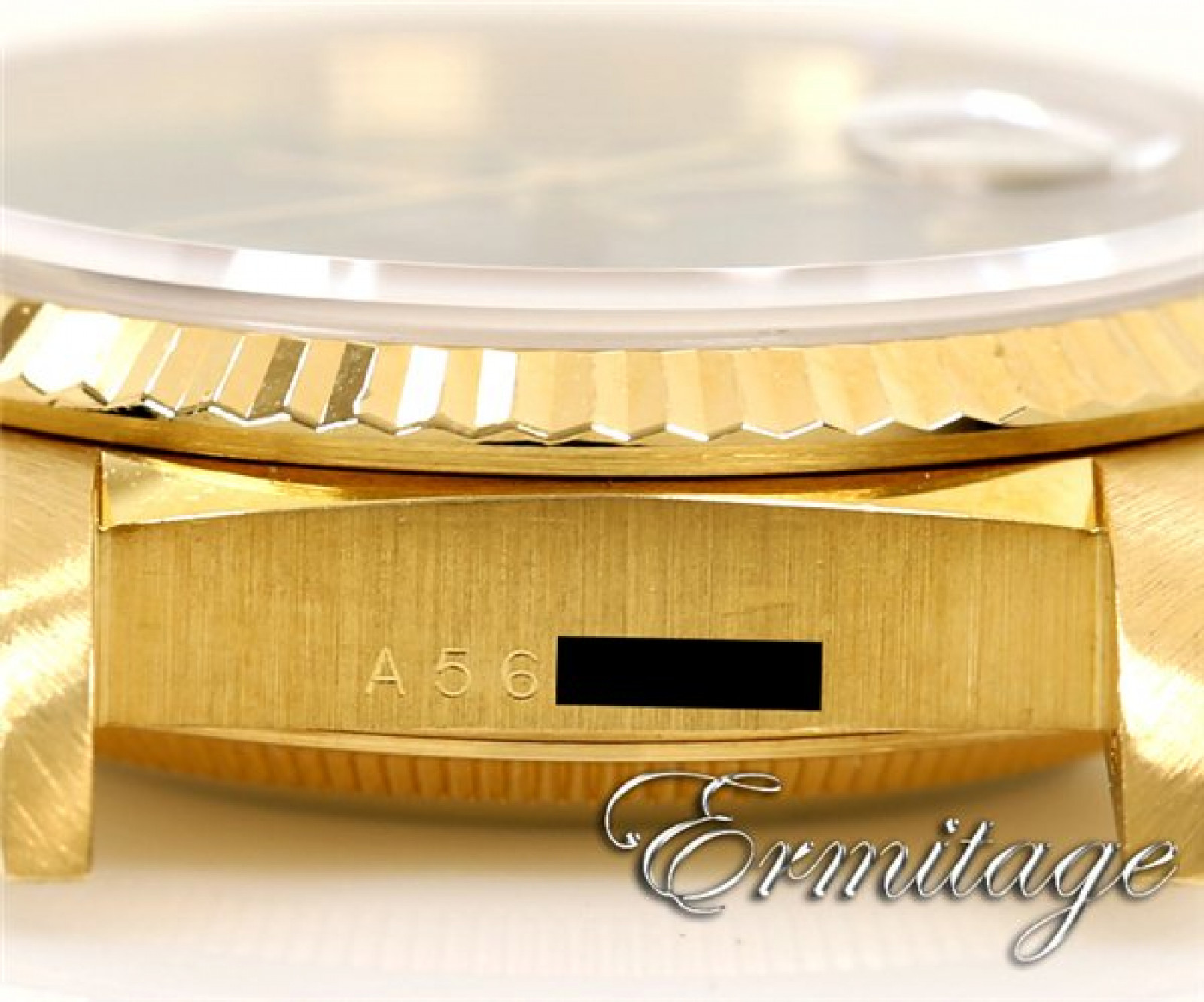 Pre-Owned Rolex Day-Date 18238 with President Bracelet