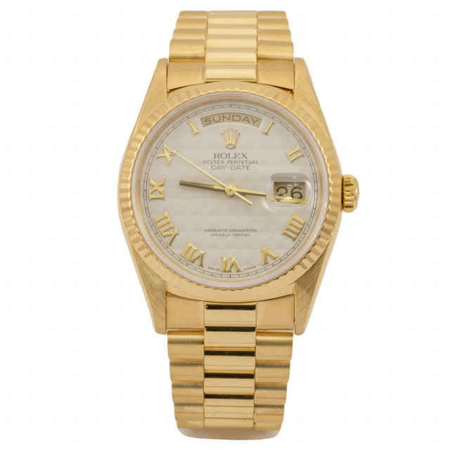 Rolex 18238 Yellow Gold on President, Fluted Bezel Ivory Pyramid with Gold Roman