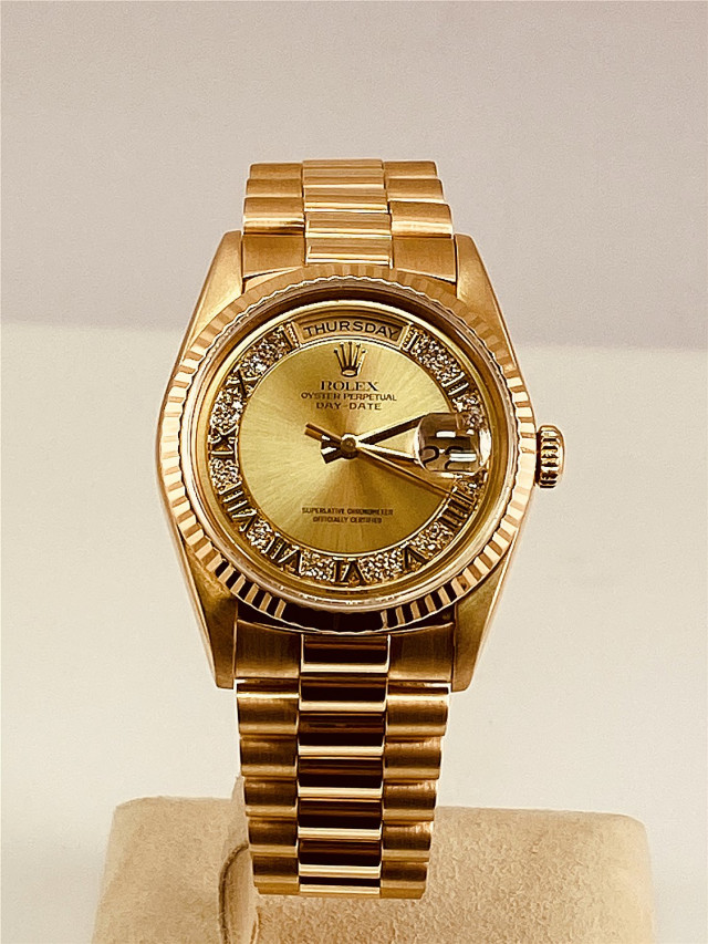 Rolex 18238 Yellow Gold on President, Fluted Bezel Champagne Diamond Dial