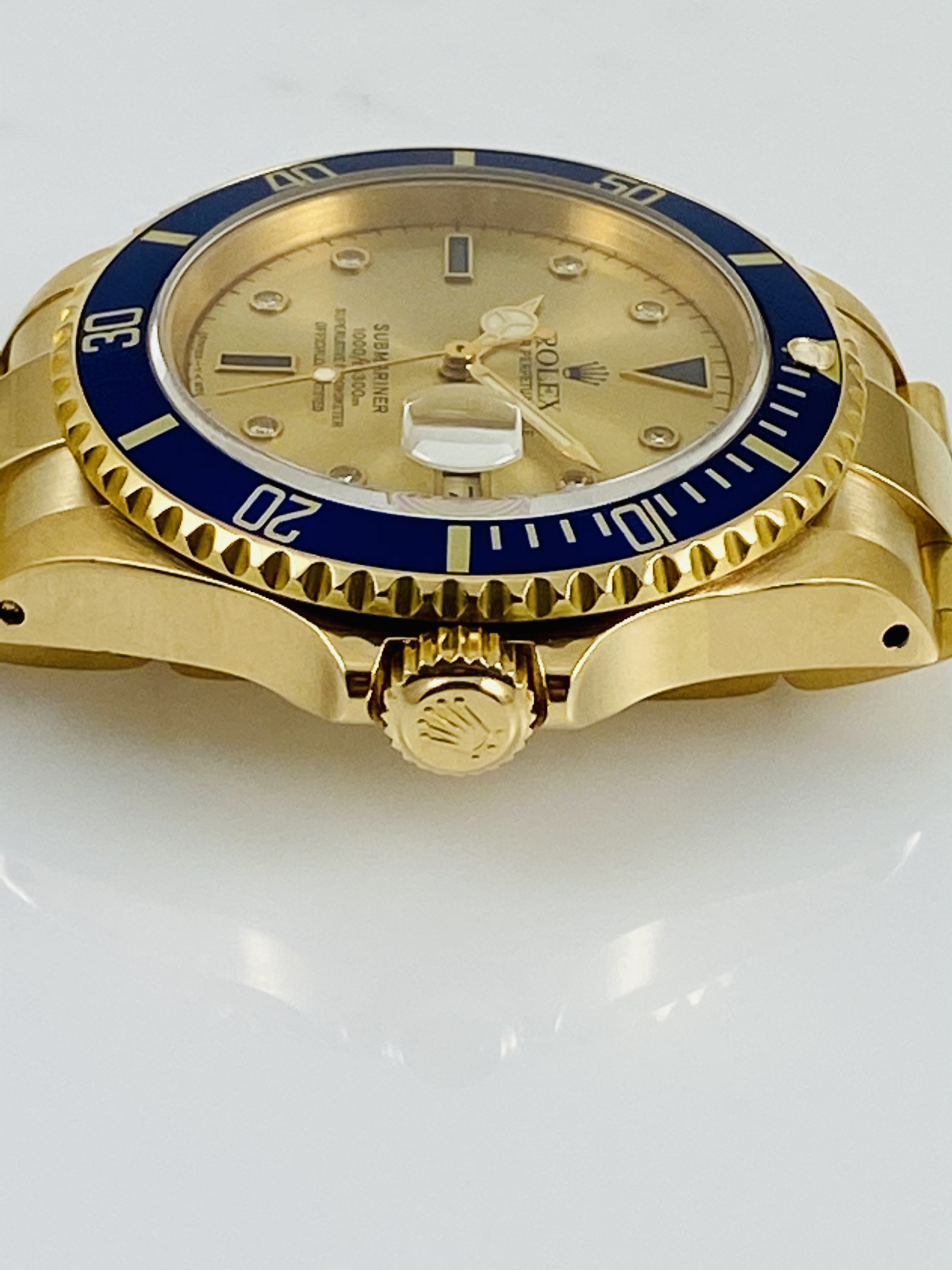 Pre owned Rolex Submariner 16618 With Serti  Dial