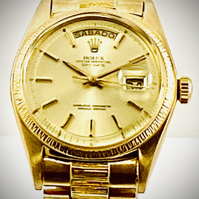 Rolex 1807 Yellow Gold on President, Bark Finish Bezel Champagne with Gold Index