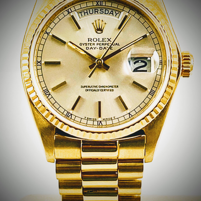 Rolex 18038 Yellow Gold on President, Fluted Bezel Silver with Gold Index