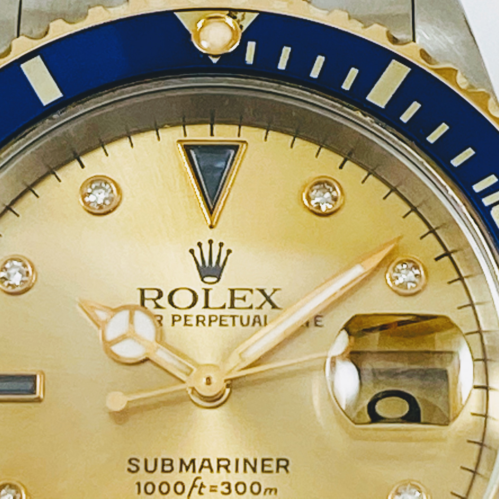 Pre-Owned Rolex Submariner 16613 Serti Dial