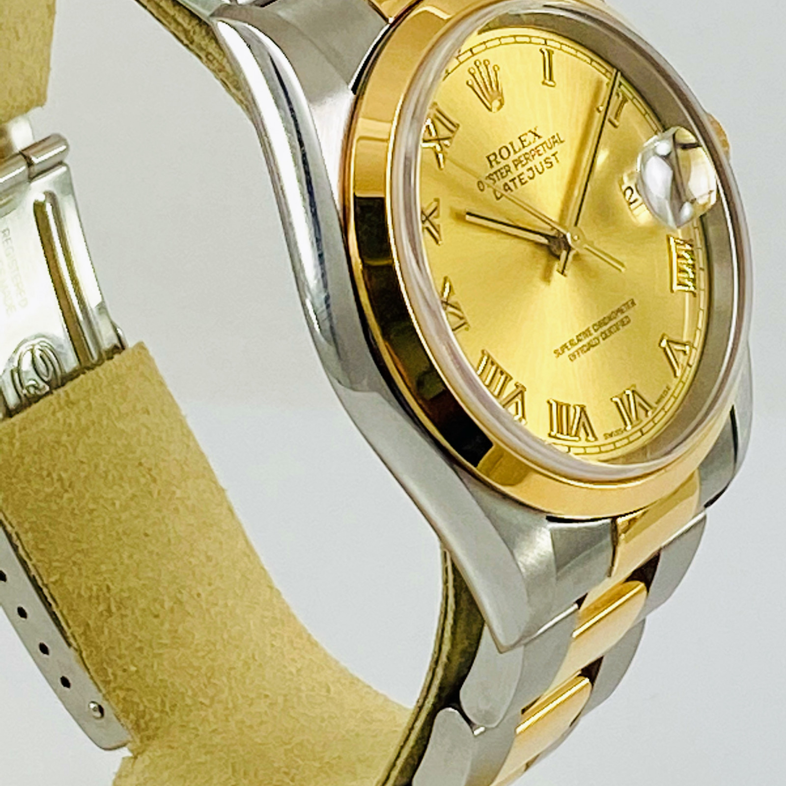 Pre-Owned Rolex Datejust 16203 Stainless Steel, 18kt Yellow Gold & Stainless Steel 36 mm Roman